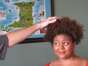 A Pictorial Guide On What to Do When Strangers Want to Touch Your Hair