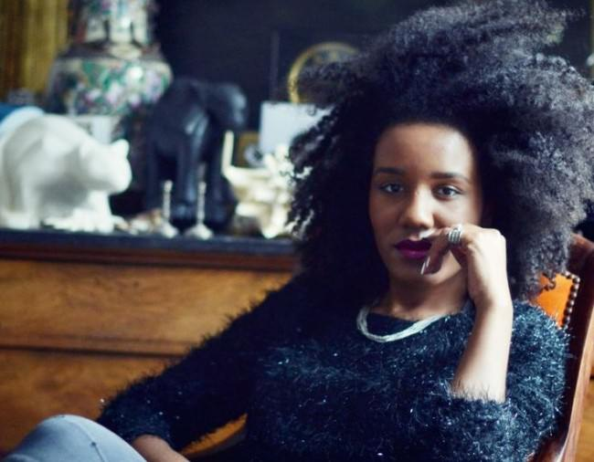 lady with natural hair