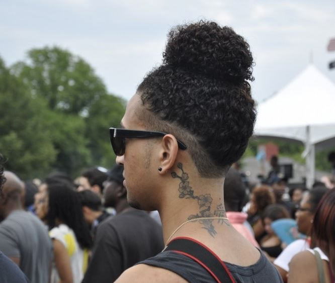 August Alsina Debuted His Man Bun Yesterday And Its