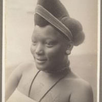 A Little Hair History – 10 Images OF Women From Pre Colonial West Africa [Gallery]