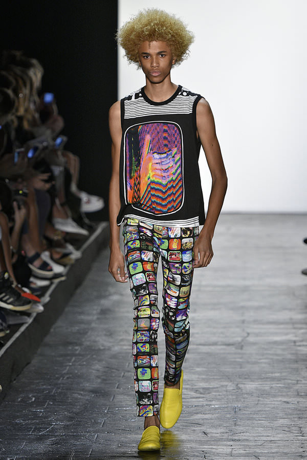Jeremy Scott – Runway – Spring 2016 New York Fashion Week