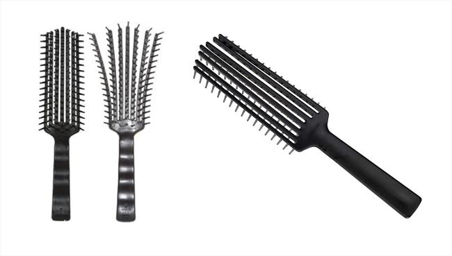 Detangler horse brush
