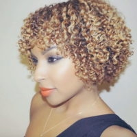 Pretty curls and shape! @beautybylee