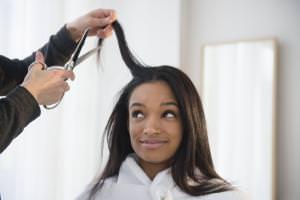 woman-hair-trim-1500