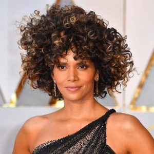 Oscars 2017 – Red Carpet Looks From Our Favorite Celebs