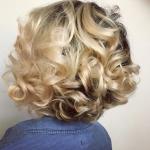Beautiful soft curls via @hairbylatise