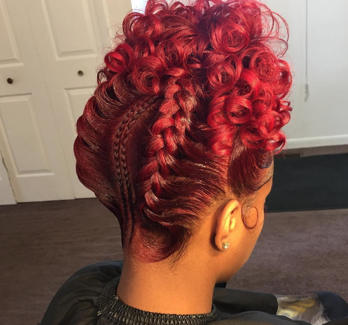 @thehairqueen